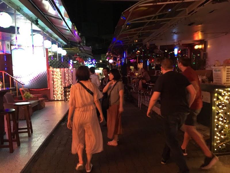 ゴーゴーボーイを3軒ハシゴ、、、タイの夜遊びを知った刺激的すぎる夜。